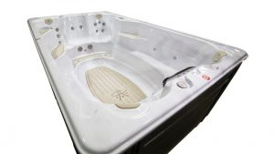 HP19-2020-Hydropool-12FFP-Swim-Spa-3Qrtr-View--Seat-End--Image4-WRK-720x405-a6a424bb-c54b-4bb3-9290-ef192132d075